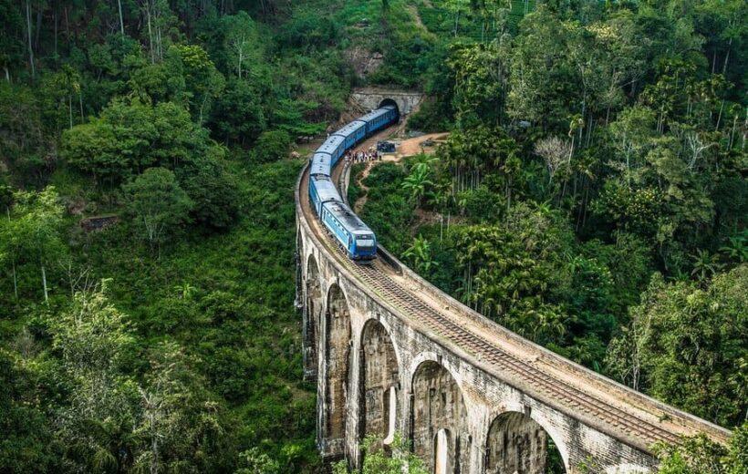 Элла + поезд + девятиарочный мост + малый пик Адама + кормление слонят или сад Бата Ата